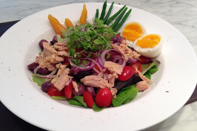 Nossa versão da Salada Niçoise