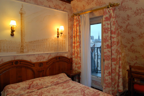Hotel_Familia_quarto